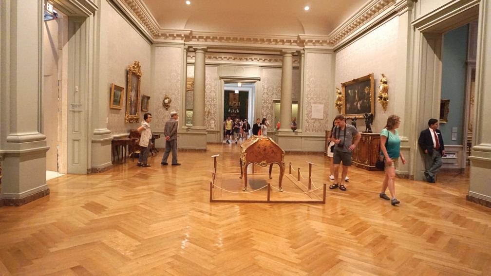 게티 미술관은 설립자의 뜻에 따라 무료로 개방한다.