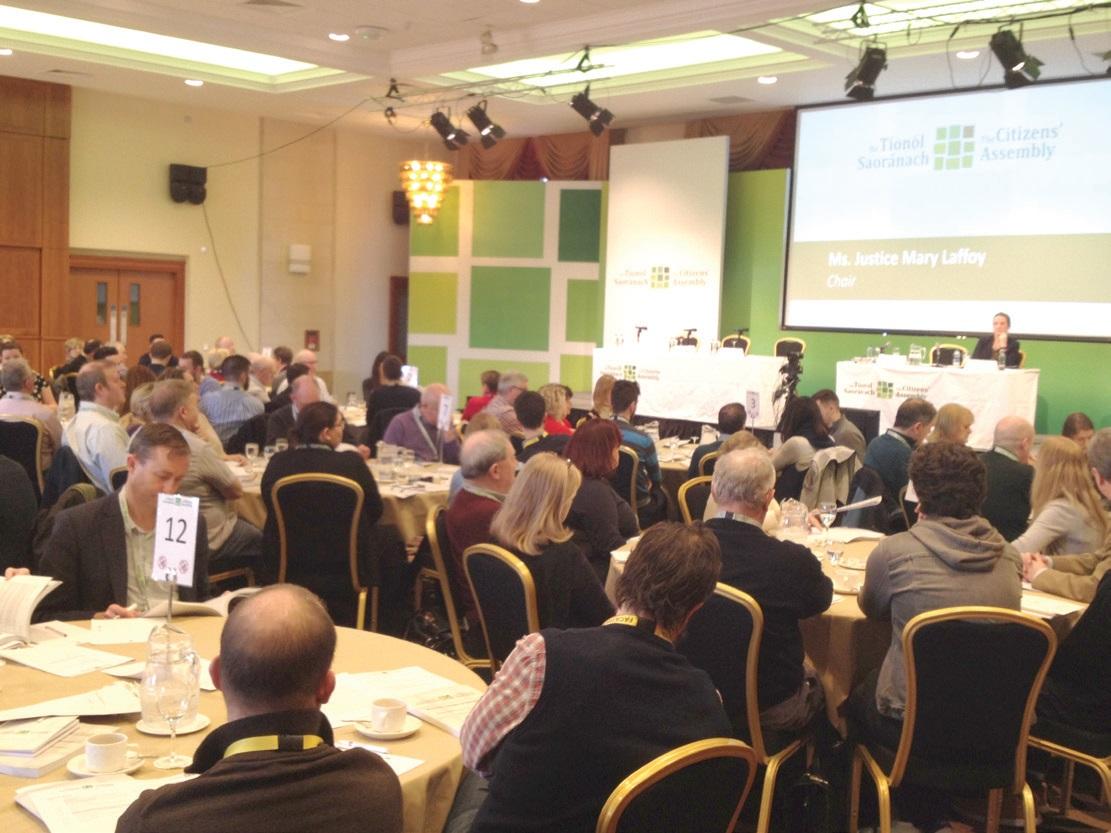 지난 2월 아일랜드 더블린의 한 호텔에서 아일랜드 시민의회가 열렸다.