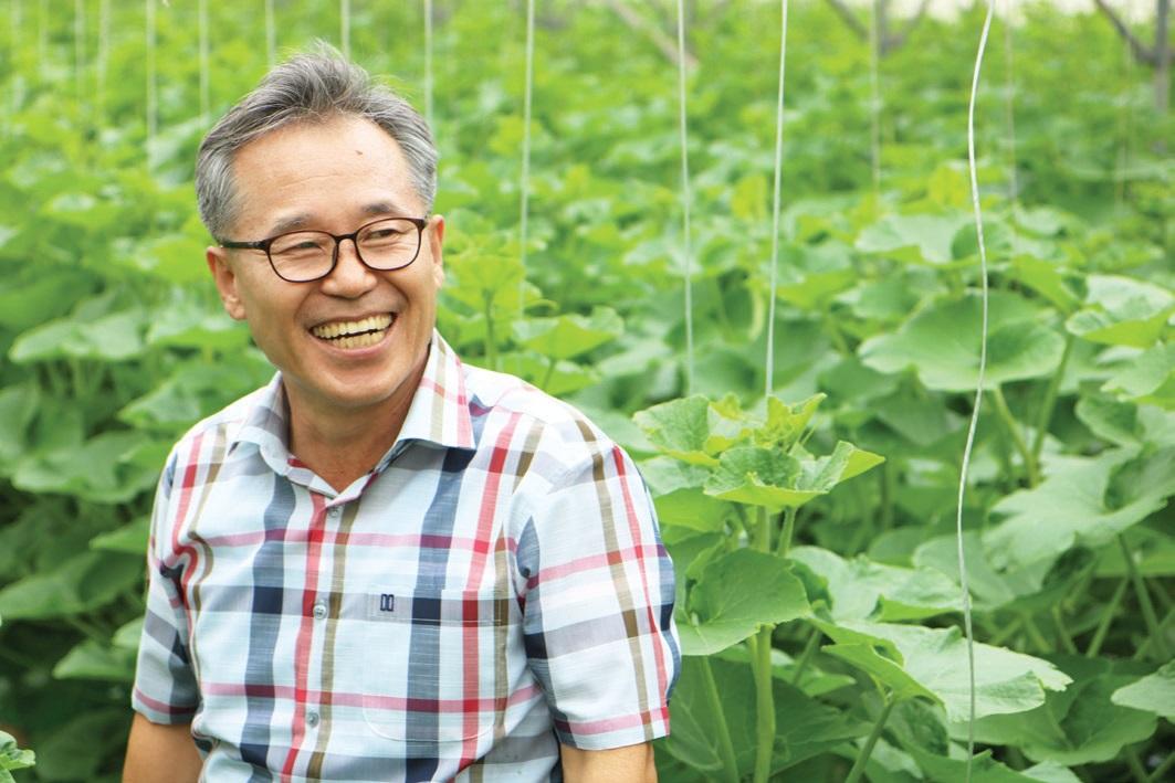 """황보인식 지도사는 """"농민에게 도움이 될 방법을 궁리하다보면 좋은 아이디어가 떠오른다""""고 말했다."""