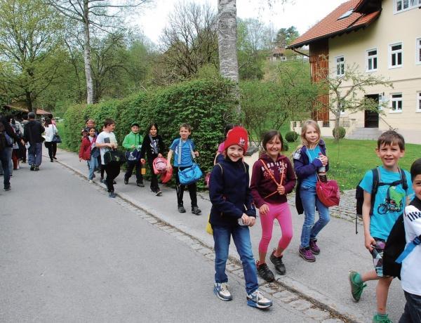 독일 바이에른주 괴리스리트 마을에서 만난 어린이들.
