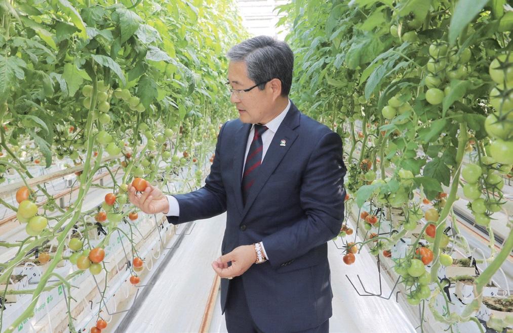 """이상대 원장은 """"농민에게 꼭 필요한, 농민이 진짜 원하는 연구를 해야 한다""""고 강조했다."""