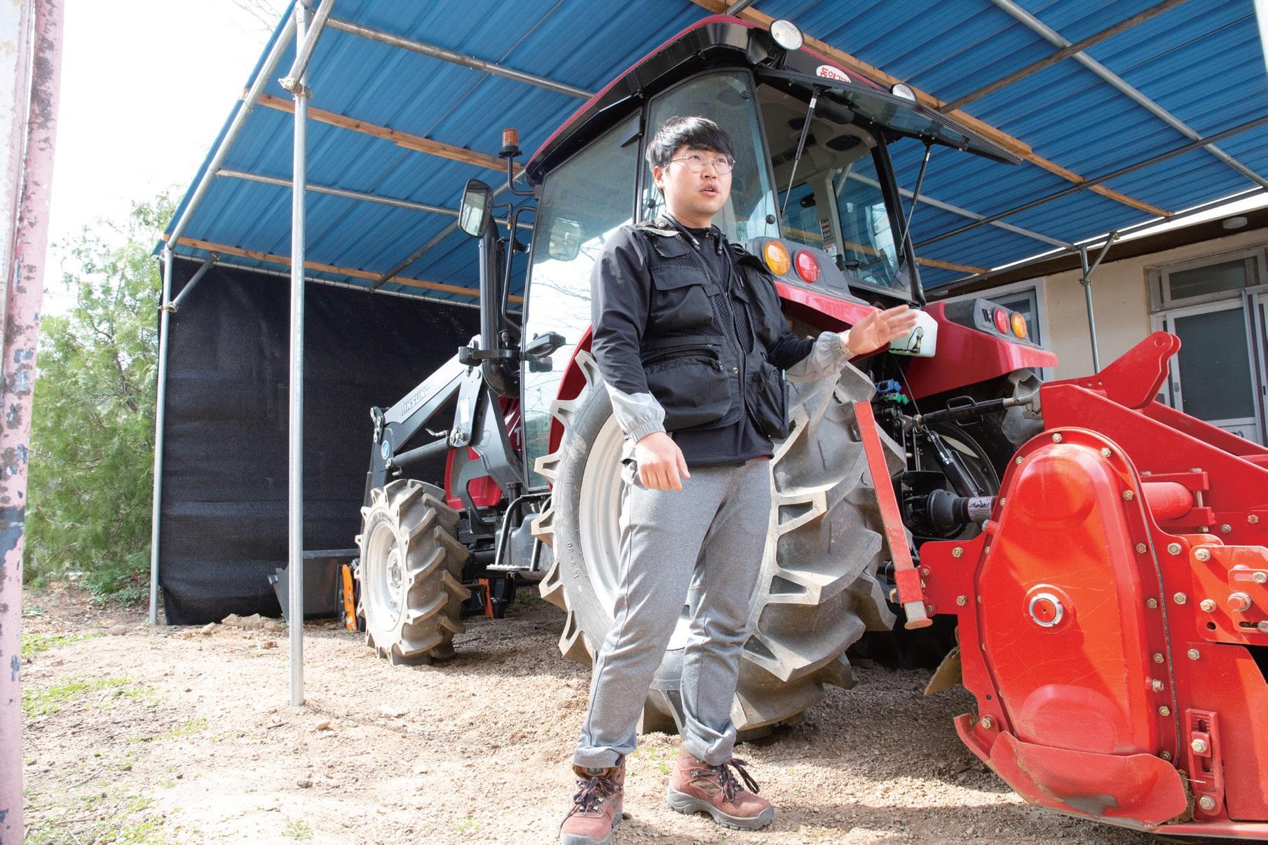 경북 상주시에서 친환경농사를 짓는 청년이그린협동조합 조합원 주슬기 씨.