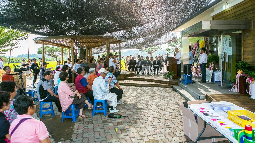 2015년 5월 홍성 우리동네의원 개원식 풍경. ⓒ민택기사진관